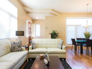 Upscale 4BR House in Denver's Desirable Wash Park - Denver vacation rentals