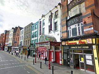 Studio WiFi in Dame St. In front Dublin Castle - Dublin vacation rentals