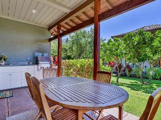 Luxurious Golf View Corner Townhome, VIP Beach Pass, Great Views, Privacy! - Kamuela vacation rentals