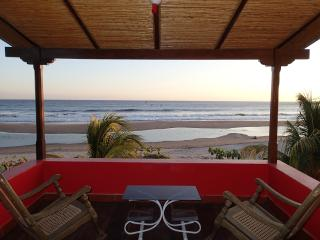 Bright 4 bedroom Popoyo House with Internet Access - Popoyo vacation rentals