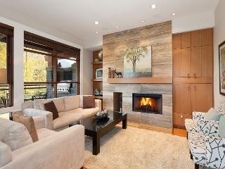 Fitzsimmons Walk 14 | Whistler Platinum | 5 Star Luxury, Private Hot Tub - Whistler vacation rentals