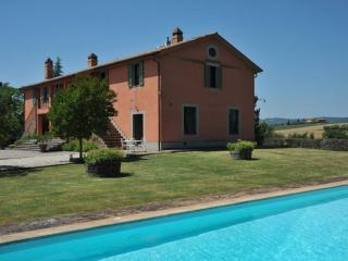 Luxury country villa for 14 guests - San Venanzo vacation rentals