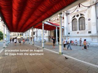 Convenient 1 bedroom Venice Apartment with Internet Access - Venice vacation rentals