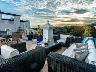Luxury 3 bed apartment with stunning a view-LQ - Marbella vacation rentals