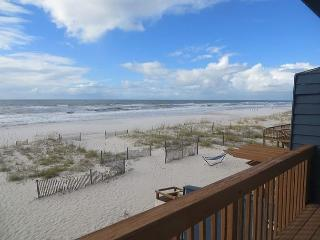 APRIL SPECIALS ARE IN BLOOM!! CALL FOR DETAILS-AQUA VACATIONS - Gulf Shores vacation rentals