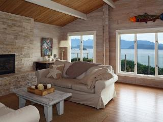 Sunshine Coast Cottage with sweeping ocean view - Gibsons vacation rentals