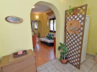2 bedroom Apartment with Internet Access in Fazana - Fazana vacation rentals