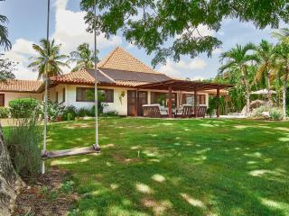 Cerezas Villa I, Casa de Campo, La Romana, D.R - La Romana vacation rentals