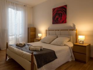 RENT-IT-VENICE Saint Paul Apartment - Mestre vacation rentals