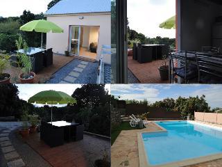 Meublé L'Olivier Ile de la Réunion Sud Sauvage - Petite-ÃŽle vacation rentals