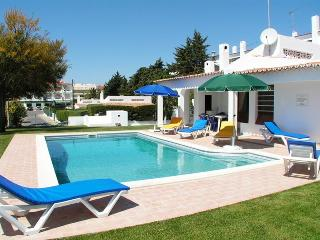 Villa Pomba 15' walk to the beach and 2 to Strip - Albufeira vacation rentals