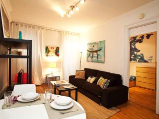 1 Bedroom Brownstone Apartment by Central park - New York City vacation rentals