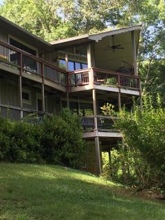NE Georgia Mountain Home with golf, tennis - Sky Valley vacation rentals