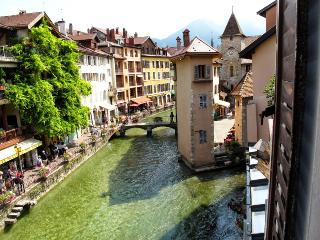 L'Isle - Lofts & Lakes, classée **** - Annecy vacation rentals