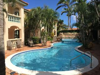 1 bedroom Apartment with Internet Access in Palm/Eagle Beach - Palm/Eagle Beach vacation rentals