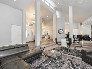 Chic Royale., a Luxury Vacation Home Rental for Groups - Salt Lake City vacation rentals