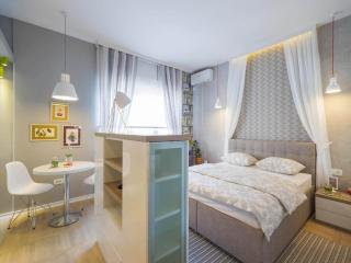 TOP CENTRAL KNEZ MIHAILOVA Boutique Studio Art - Belgrade vacation rentals