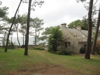 Brittany, lovely villa on the seafront - Baden vacation rentals
