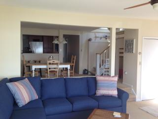 """""""Knot Just A Cottage"""" on Lake Charlevoix - Charlevoix vacation rentals"""