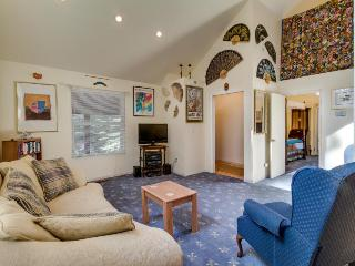 Secluded lodge w/global decor near skiing and lake! - Soda Springs vacation rentals