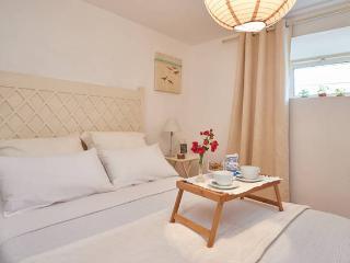 Casa Santo António, Estoril-Cascais Holidays,Wi-Fi - Estoril vacation rentals