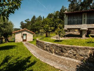 Casa do espigueiro - Quinta da Toural - Ecovia - Arcos de Valdevez vacation rentals