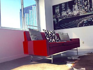 Downtown Dallas Trendy Boutique Loft - Dallas vacation rentals