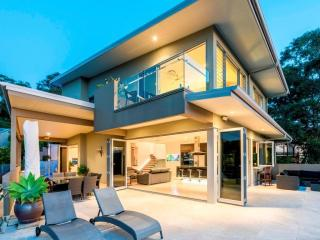 20 Panorama Drive, Currumbin - Pacific Paradise vacation rentals
