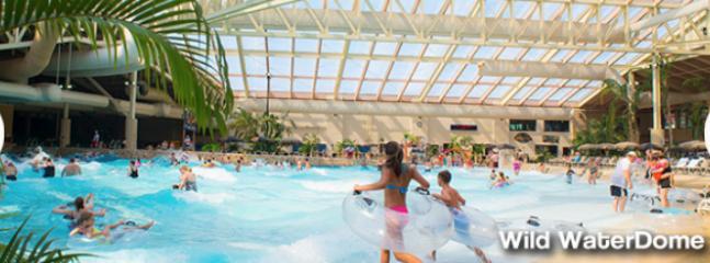 Glacier Canyon - Waterpark Resort - Baraboo vacation rentals