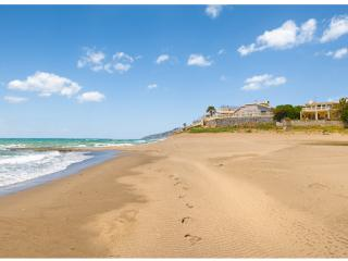 Beach Front Marbella Luxury Villa - Amazing !!! - Marbella vacation rentals