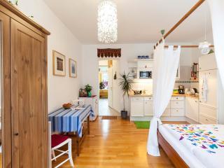 HAPPY BUTTERFLY HOME Vienna - Vienna vacation rentals