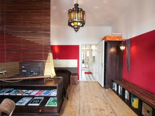 A Touch of Morocco at booming Yppenplatz - Vienna vacation rentals