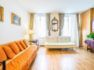 Montparnasse Apartment - Paris vacation rentals