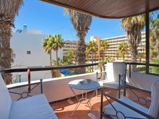 Nice apartment beach next to lively tourist area - Puerto de Alcudia vacation rentals