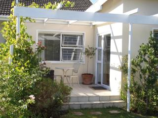 Beaumont Cottage - Self Catering - Somerset West vacation rentals