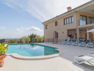 Holiday villa rental in Moscari - Moscari vacation rentals