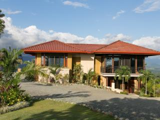 New Romantic Casita - Casa Anaka - Manuel Antonio National Park vacation rentals