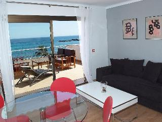 2 rooms with spectacular sea view, 302 - Cala Millor vacation rentals