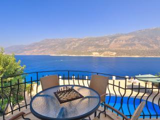Kas peninsula apartment, sea access - Kas vacation rentals