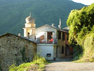 Fully Renovated home in Ligurian mountain village - Rezzo vacation rentals