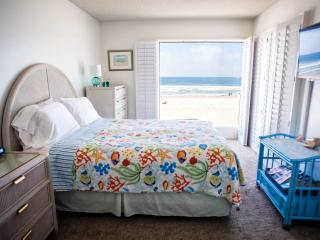 118 missionbeachretreat   ocean front on the sand - Pacific Beach vacation rentals