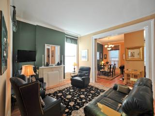 2 Bedroom Downtown Louisville Executive Condo - Louisville vacation rentals