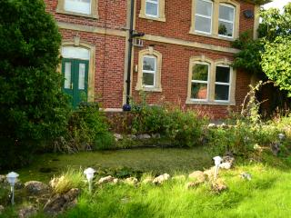 Garden flat in pretty village near Bath - Holt vacation rentals