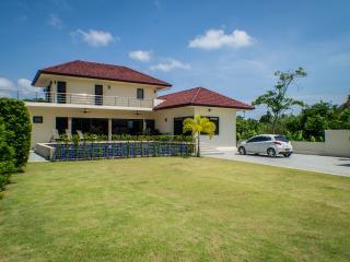 Brand New 3 Bedroom Pool Villa - Car Included - Rawai vacation rentals