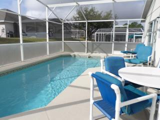 AWESOME 4 Bed Villa,South Facing Pool & Games Room - Davenport vacation rentals