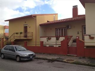 Cozy 2 bedroom Carbonia Apartment with Internet Access - Carbonia vacation rentals