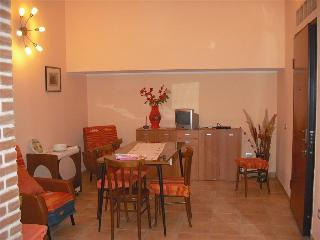 2 bedroom Apartment with Internet Access in Carbonia - Carbonia vacation rentals
