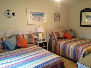 First floor! 2/2 Bed/bath w/ wi-fi! - Myrtle Beach vacation rentals