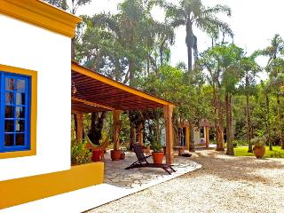 !Charming country house 1h from São Paulo!!! - Sao Lourenco da Serra vacation rentals