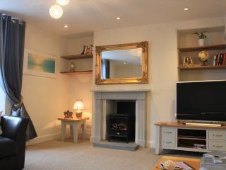 Luxury 5*Coastal Apartment Shaldon Admiral's Suite - Shaldon vacation rentals